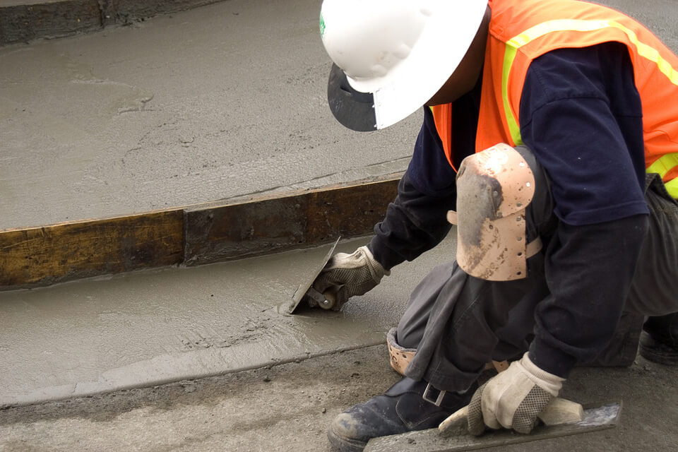 Residential Masonry Contractor: Residential Concrete Service